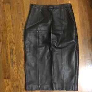 St. John Leather Pencil Skirt Sz 0